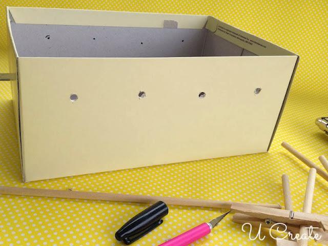 Mesa de Pebolim feita com caixa de sapato - furação