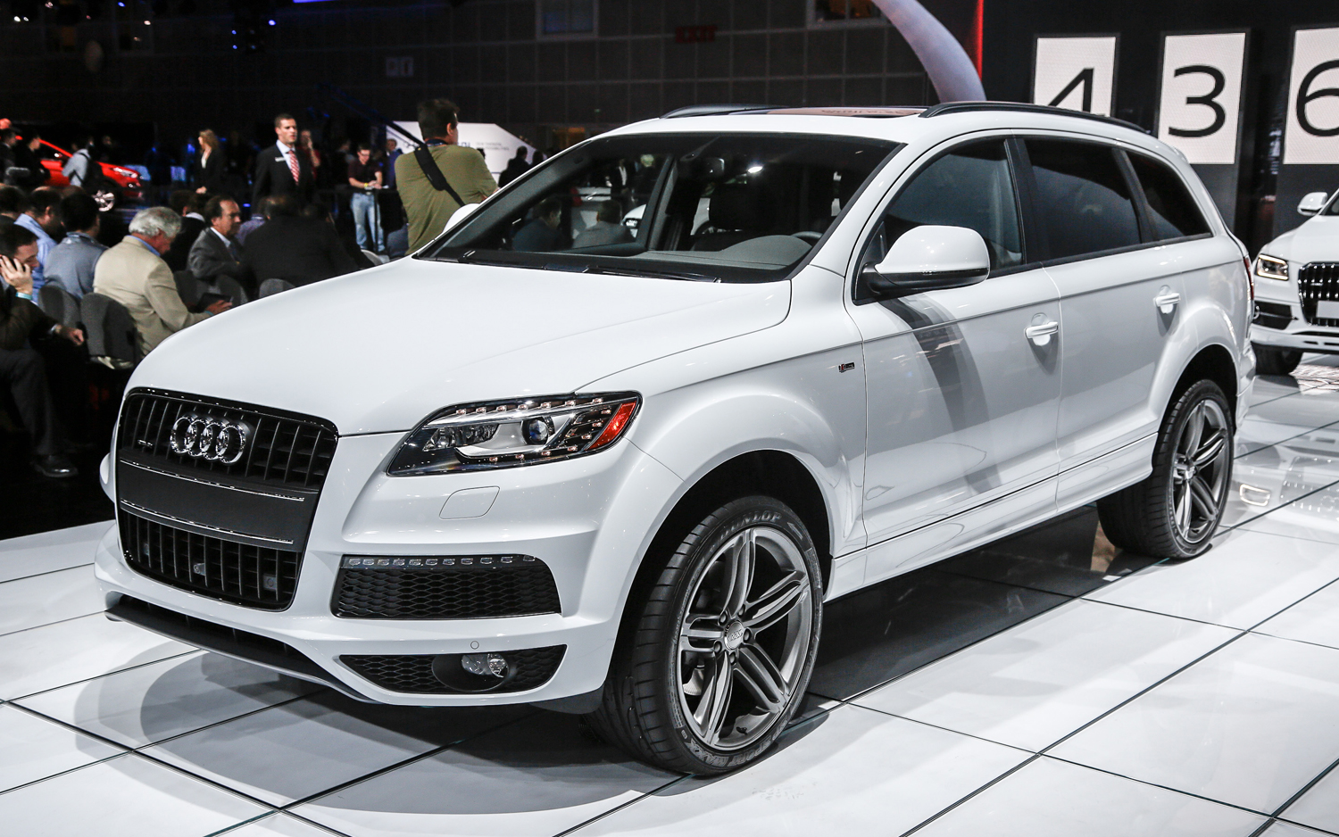 hotcarupdate 2014 audi q7 price and release date. Black Bedroom Furniture Sets. Home Design Ideas