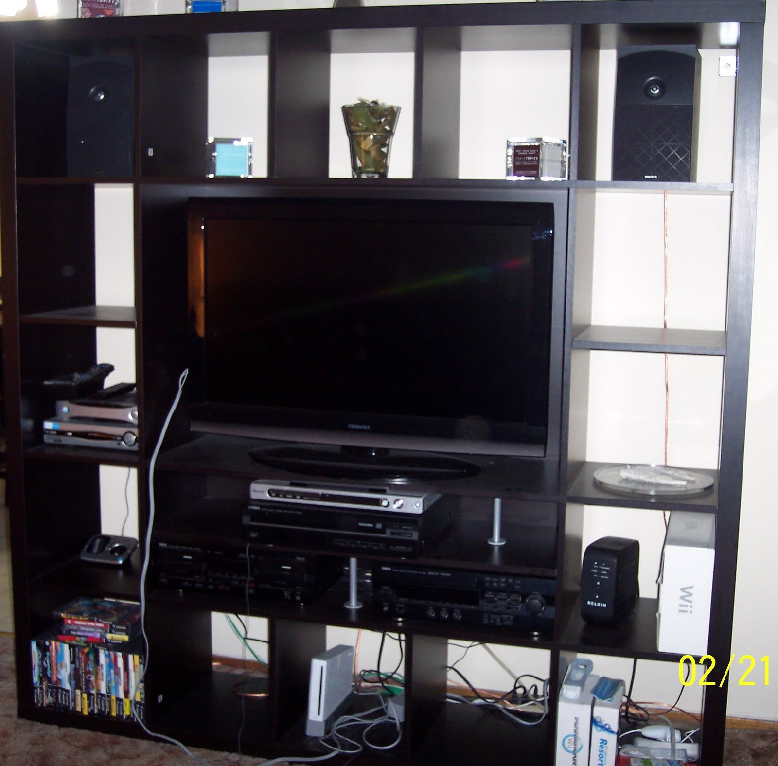 Twan's Tool Time: IKEA ENTERTAINMENT CENTER