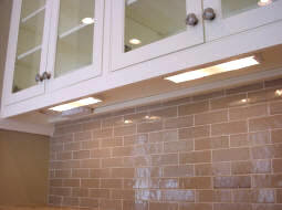 Kitchen Undercabinet Lighting With Plugmold Outlets