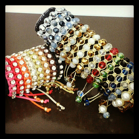 PULSEIRAS DE STRASS E CRISTAIS