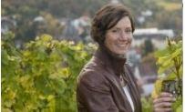 Peter J. und Helga König im Gespräch mit Lisa Edling, Weingut Edling/ Hessische Bergstraße