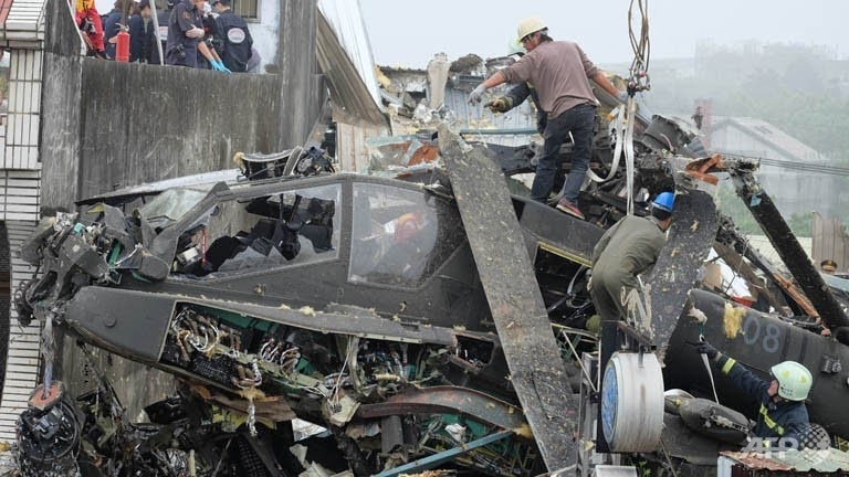 [Imagen: taiwan-helicopter-crash.jpg]