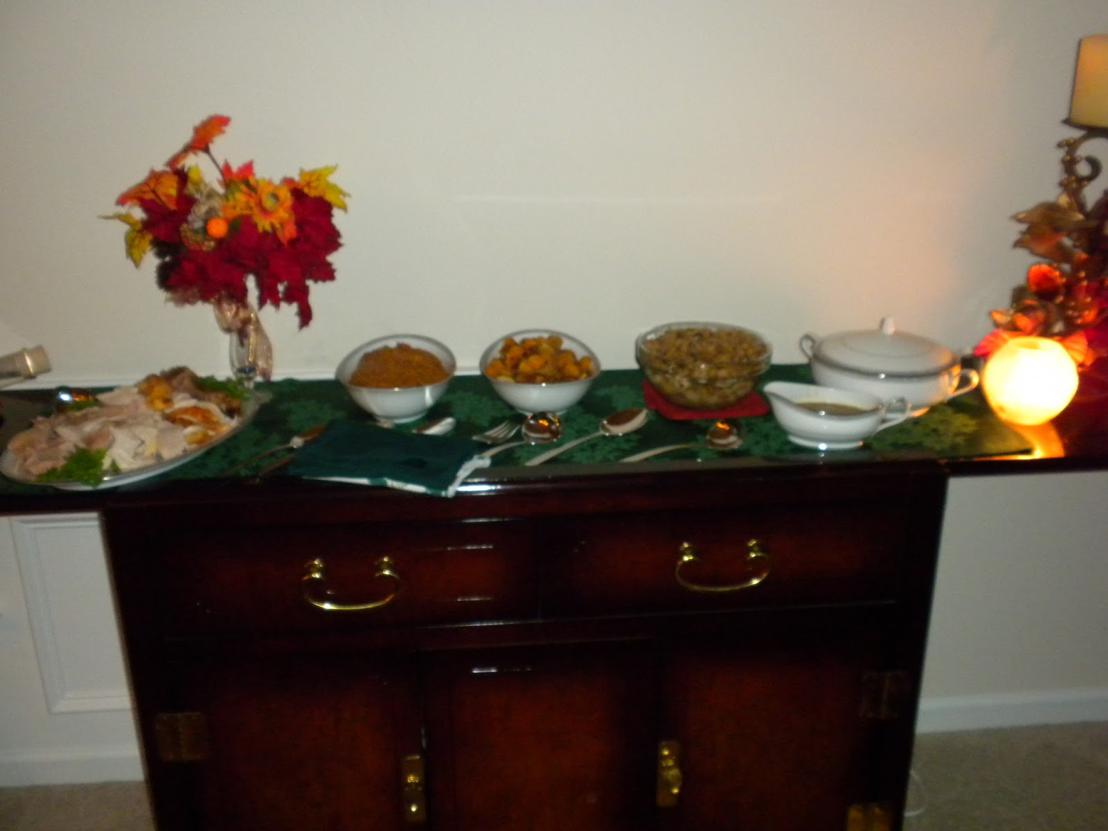 Thanksgiving Buffet Table 2012