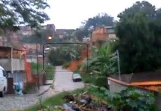 Árvore Cai e Quase faz vítimas em Santa Luzia