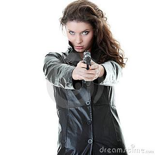Maria disposta a atirar