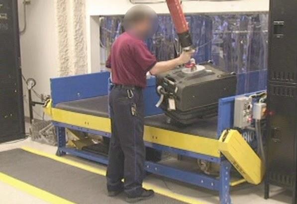 Vacuum Lift Assist Devices : Mec f expert engineers reducing musculoskeletal