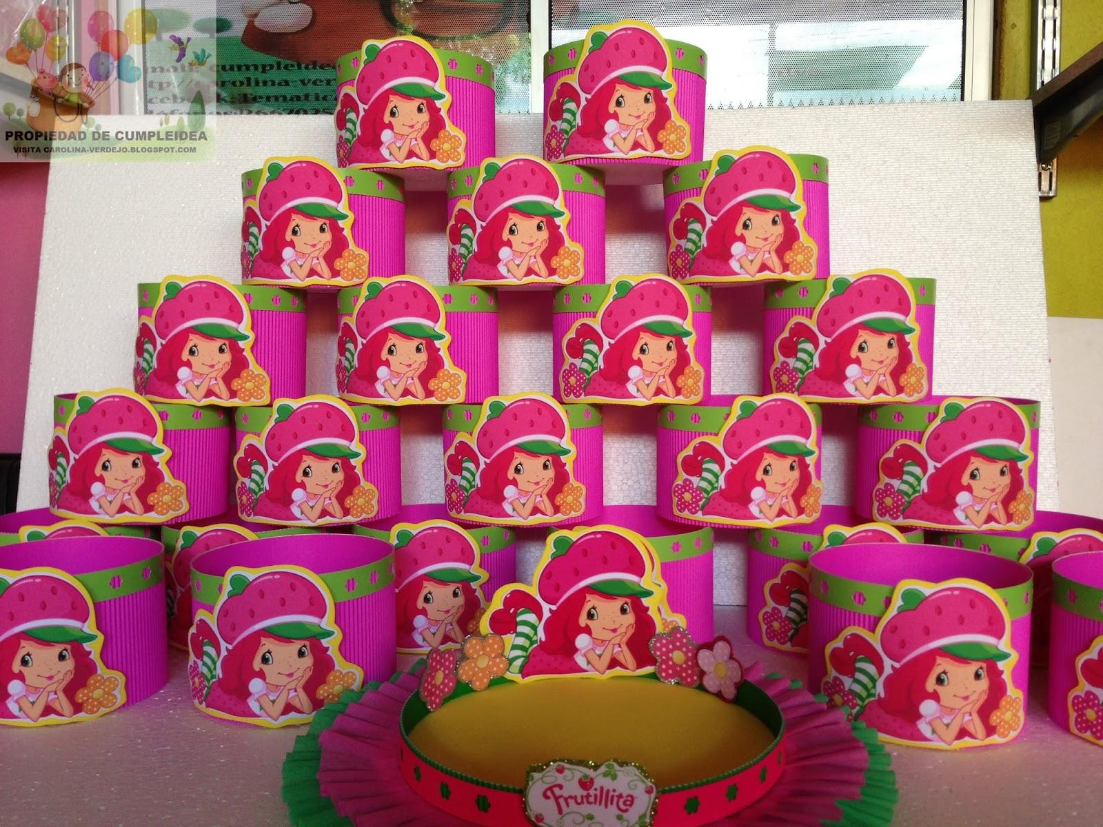 Decoraciones infantiles frutillita for Adornos para pieza de bebe