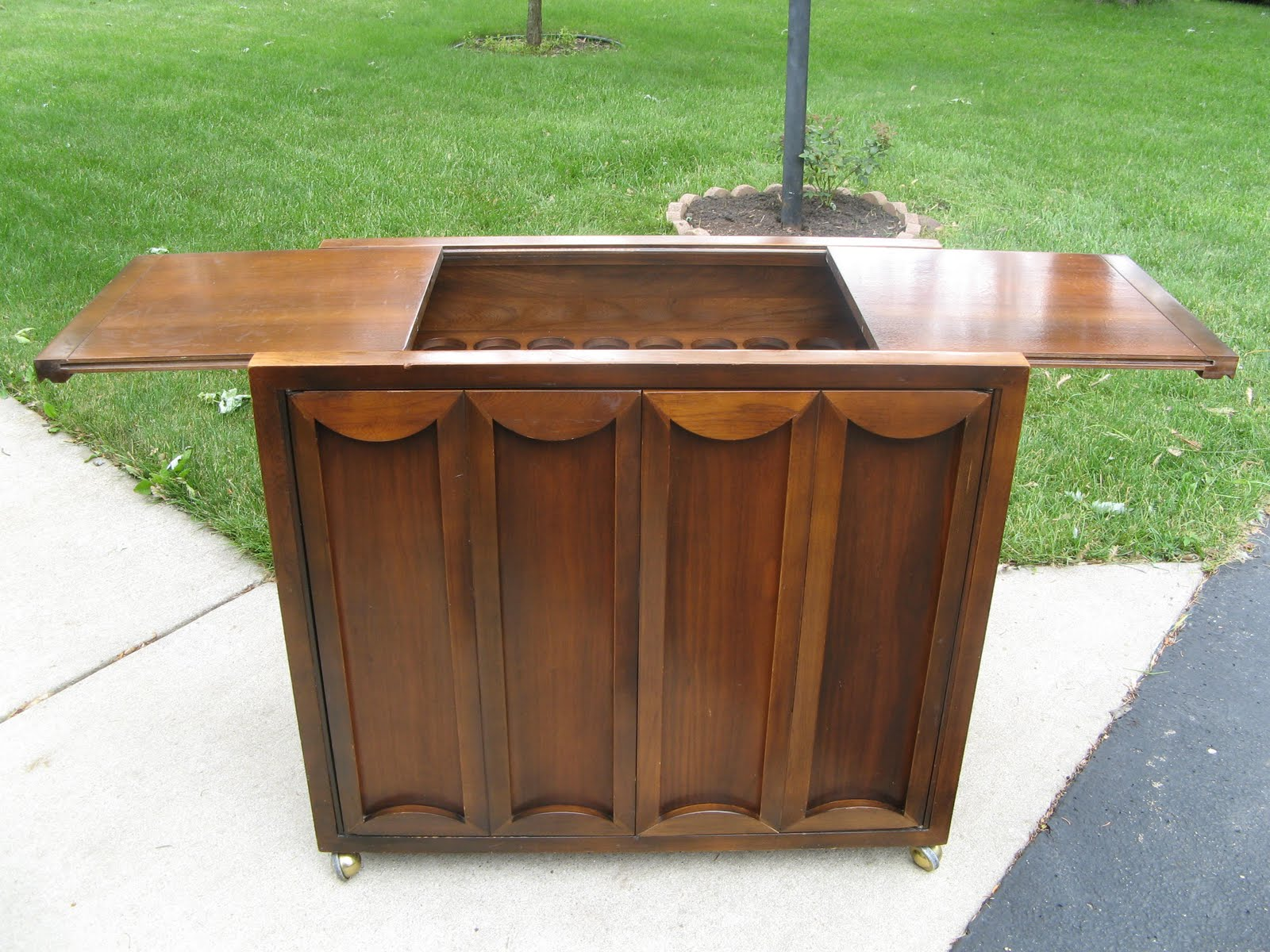 product productlist trim durham bar brushed mid kathy century decor resource cabinet eclectic brass home kuo cabinets designer