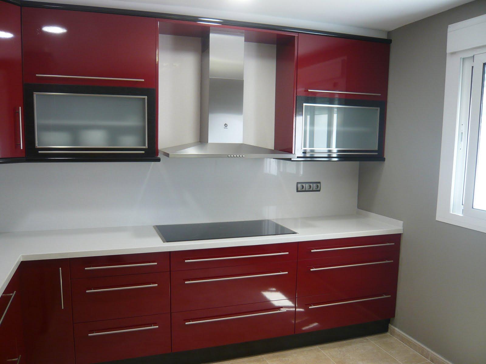 Reuscuina cocina de formica combinada rojo negro - Cocina de formica ...