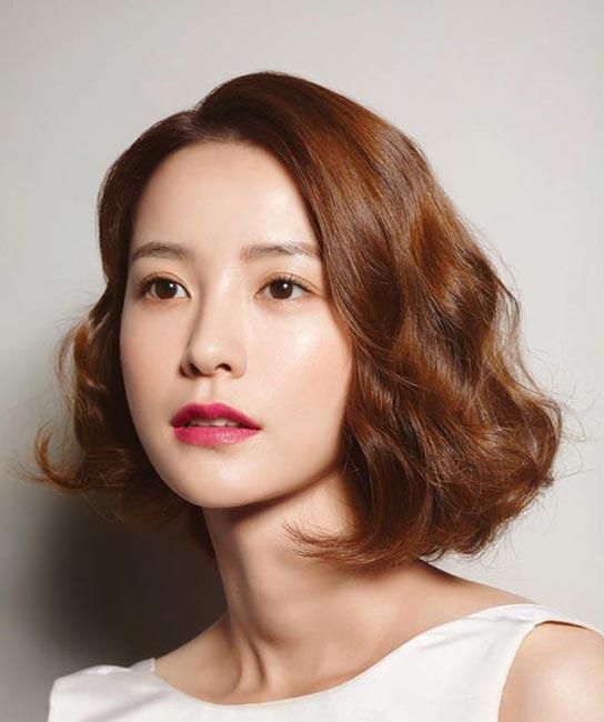 Korean short hair style for girls photo