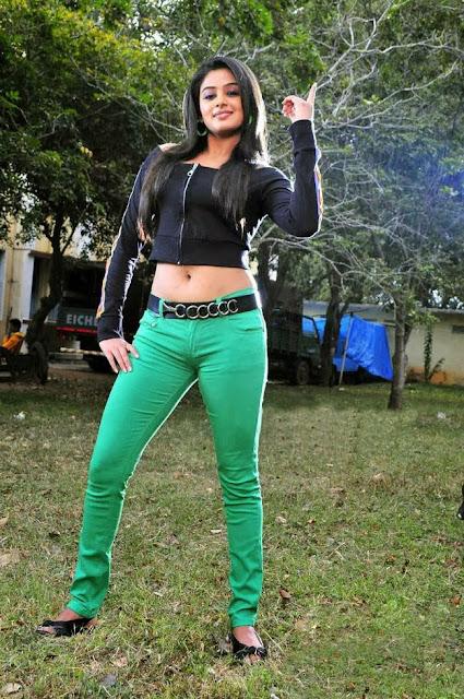 Priyamani In Green Pant