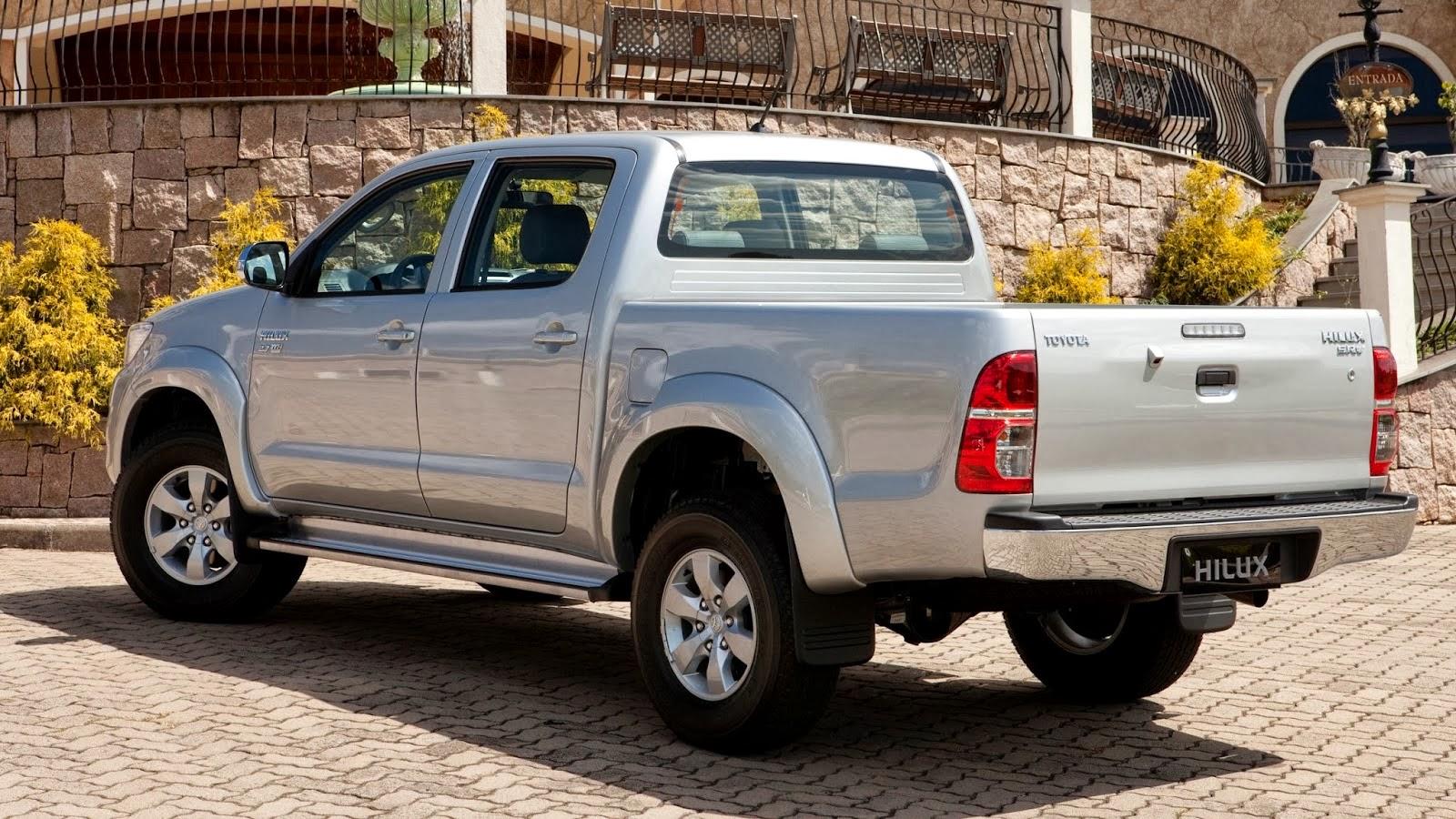 Toyota Hilux e SW4 linha 2014 tem preços entre R$ 87.040 e R$ 185.800