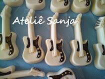 Lembrancinhas de casamento, guitarras