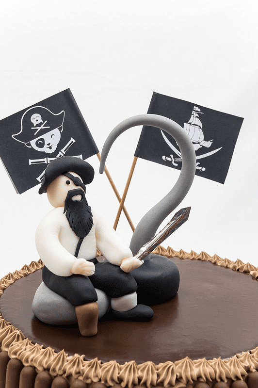 Captian hook blackbeard fondant chocolate cake close up