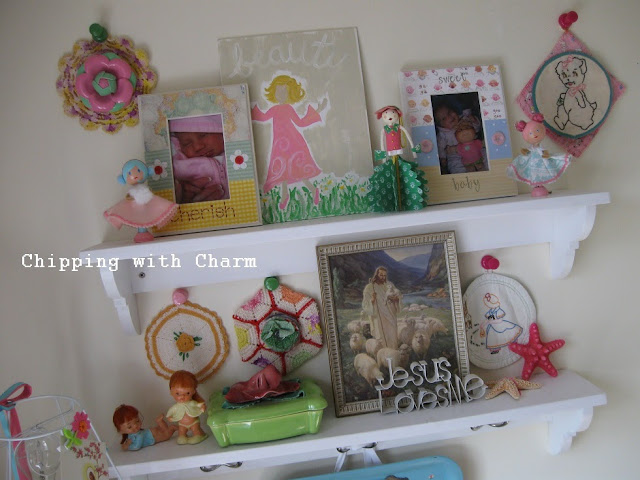 Chipping with Charm:  Girly Treasures...http://www.chippingwithcharm.blogspot.com/