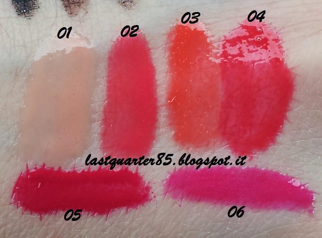 Kiko Sportproof Active Colours: breezy Shine Lipgloss, sopra da sinistra a destra 01 Rosa Albicocca, 02 Rosa Fragola, 03 Geranio, 04 Rosso Fuoco; sotto 05 Ciliegia, 06 Fucsia.