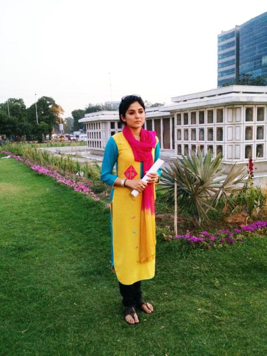 Sanam Baloch hot ,Cute, Morning host,dresses