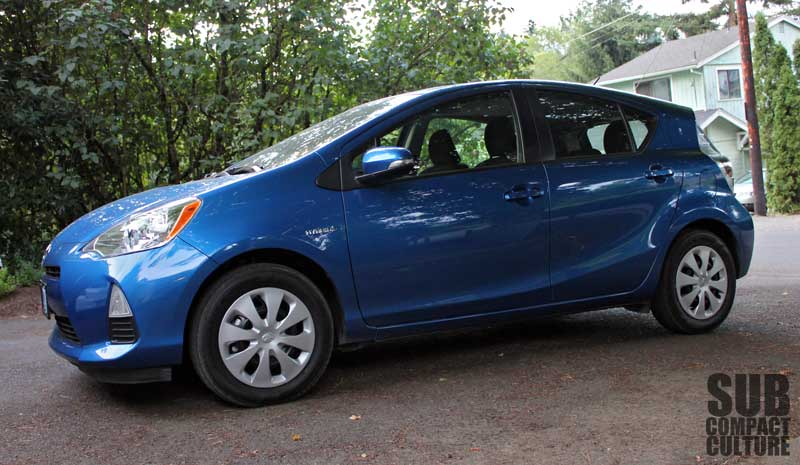 Review 2012 Toyota Prius C Big On Tech And Efficiency Small On