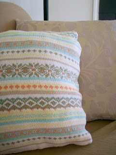 knit sweater pillow upcycle diy