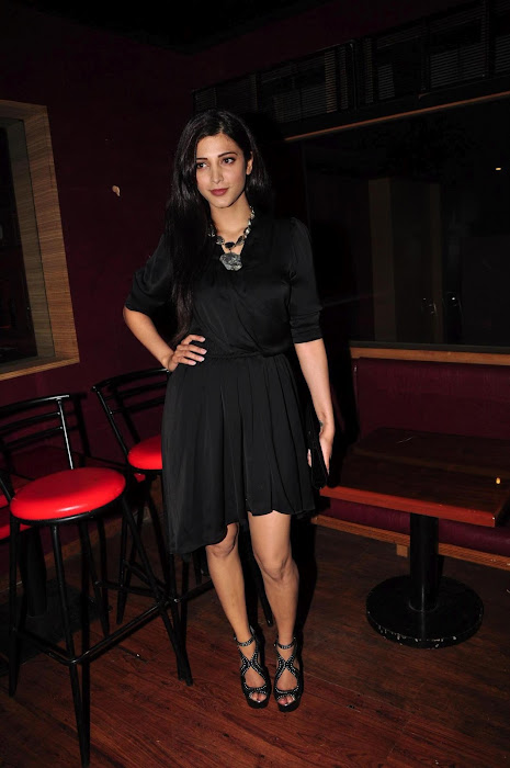 shruti han at the launch of mtv rush.