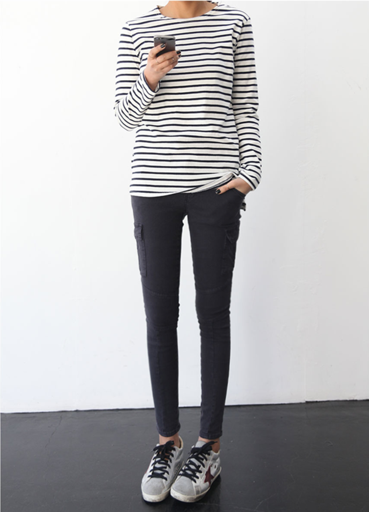 Simple outfit, Breton stripes, cargo skinnies, Golden Goose sneakers