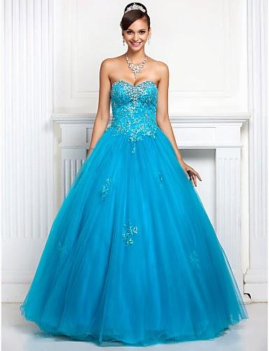 Vestido de baile de tul azul