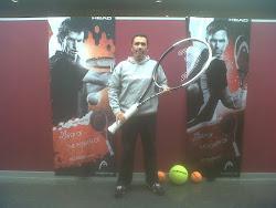 amb la GRAN raqueta d'en DJOKOVIC !!!