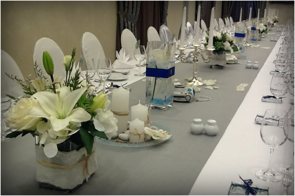 Modern wedding reception table