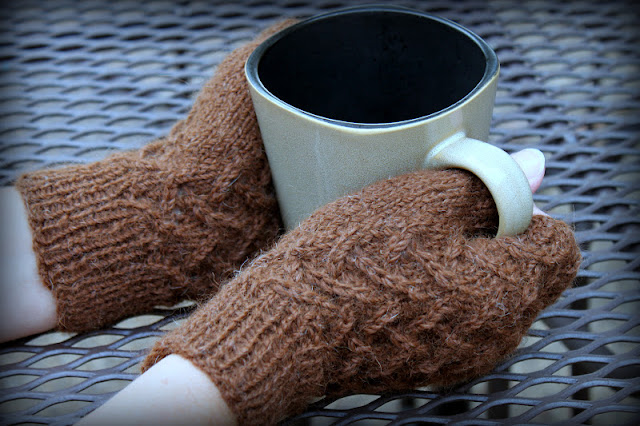 Cafe au Lait Mitts