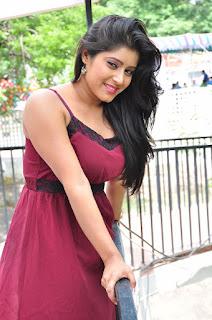 Manisha Thakur sizzling Pictures 033.JPG