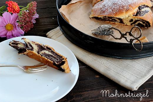 Rezept vegan Mohnstriezel mit Pflaumenmus Holunderweg18 Foodblog