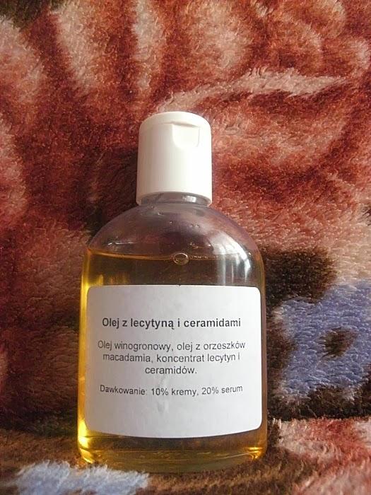 Olejek z lecytyną i ceramidami z fitomedu - odżywcza bomba dla skóry