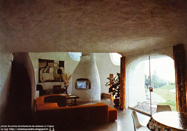 Anières (Canton de Genève, Suisse) - Habitation Sculpture  Architecte: Daniel Grataloup  Ingénieur: J.M Yokoyama  Construction: 1972