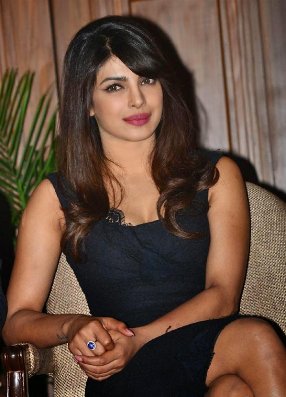 Priyanka Chopra Wallpapers Free Download