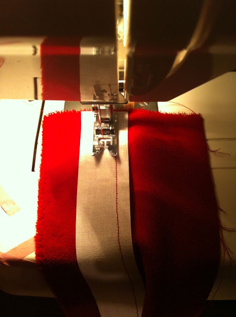 waistband buckrum stitching