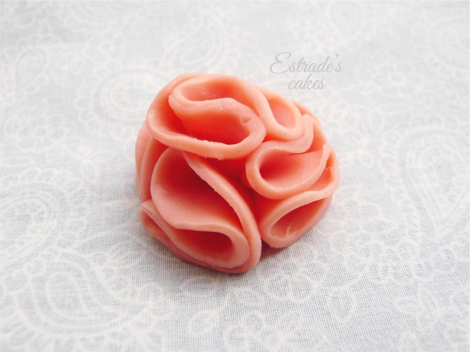Chocolate plástico de modelar blanco, prueba 4 - flor