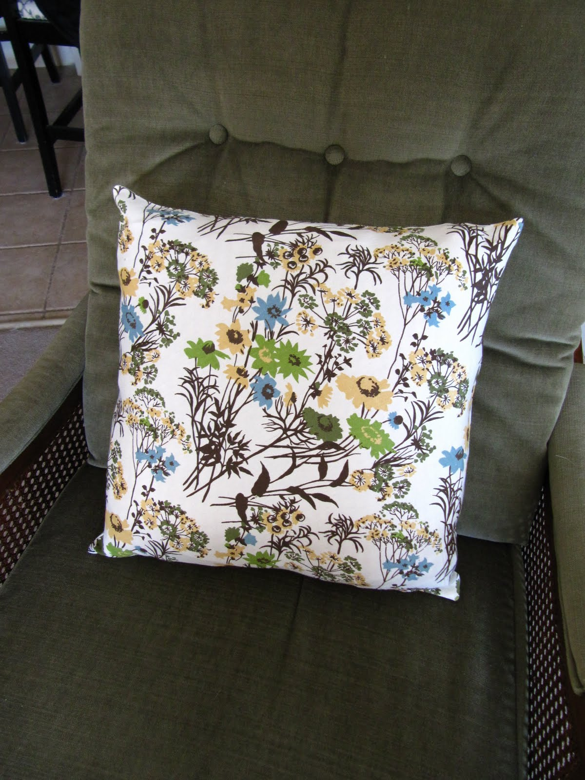 Decorative Pillow Sewing : Sew Many Ways...: How To Hand Sew Invisible Stitch For Decorative Pillows...