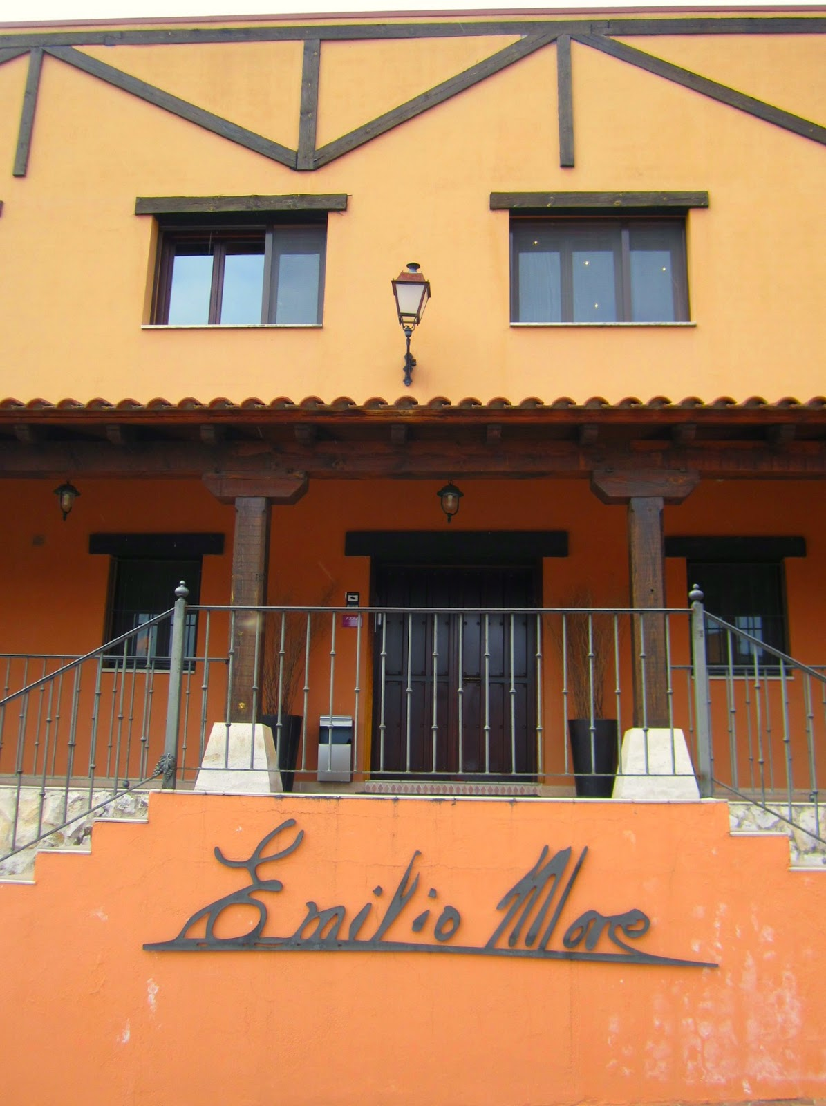 Experiencia Enoturística Taller de Barricas Emilio Moro Bodegas Esencia Trendy Lifestyle Cata Vinos Experiencia Trendy Gastro