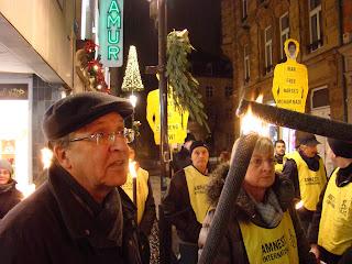 http://amnesty-luxembourg-photos.blogspot.com/2012/12/marche-aux-flambeaux.html