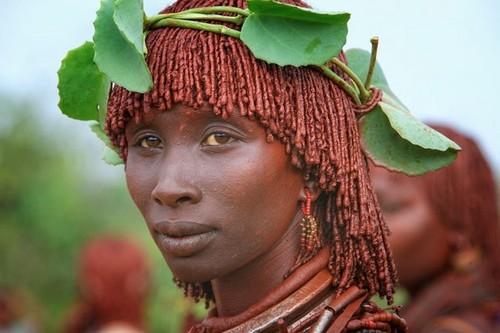 Tribu en Etiopía - chica Hamer