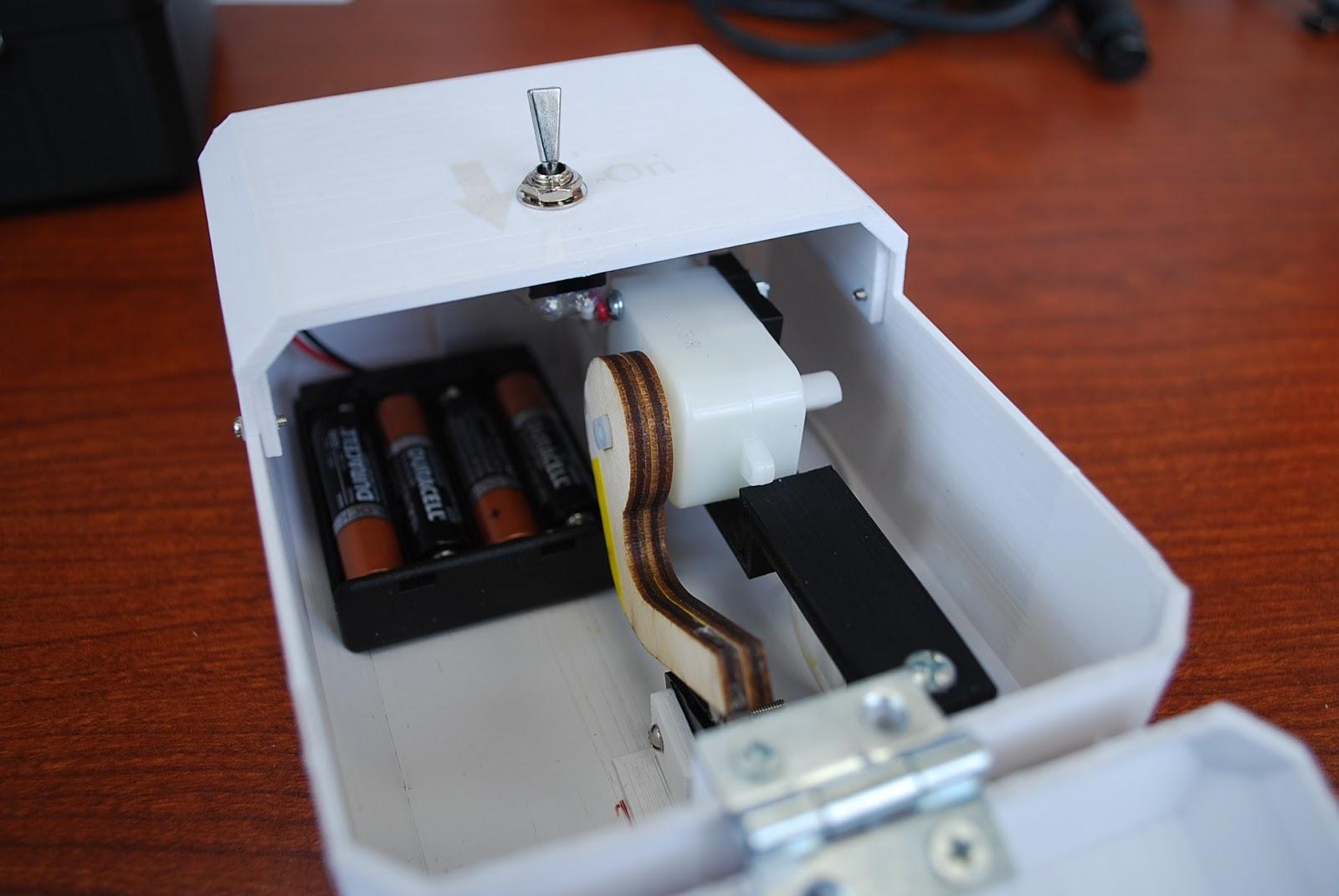 rampant robots useless box rh rampantrobots blogspot com Useless Cat Box Most Useless Box