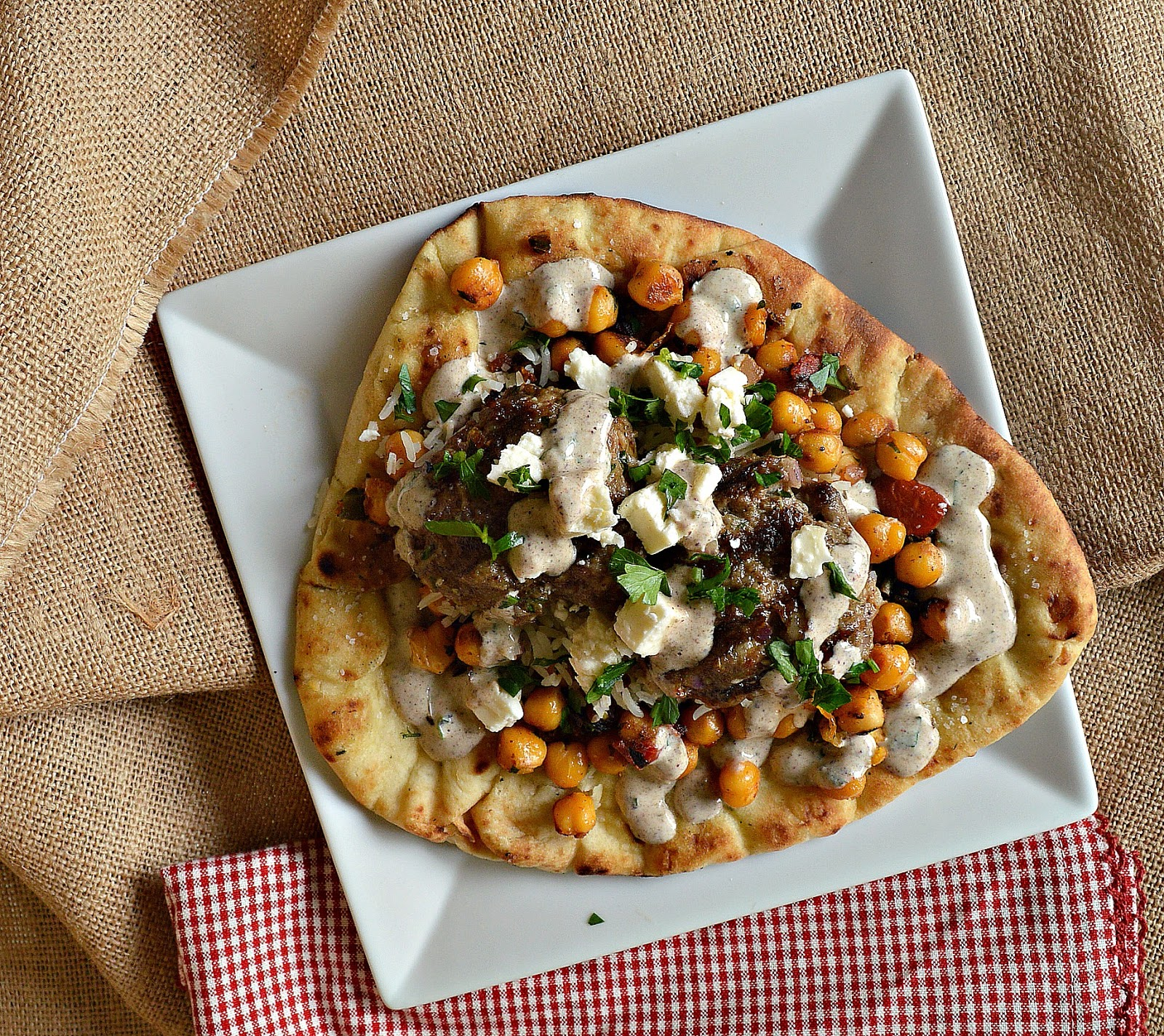 Zaatar chicken flatbreads with chickpeas and my little black book naan flatbread topped with fried chickpeas and grilled chicken forumfinder Gallery