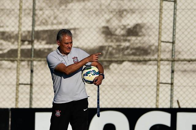 Tite já igualou a campanha que comandou no primeiro turno de 2011 (foto: Fernando Dantas/Gazeta Press)