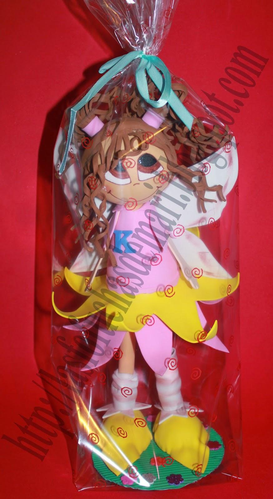 Hada con el vestido rosa claro - K