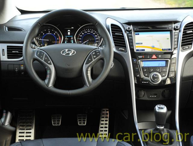 Novo Hyundai i30 2013 painel Hyundai i30 2013   Fotos e Preos