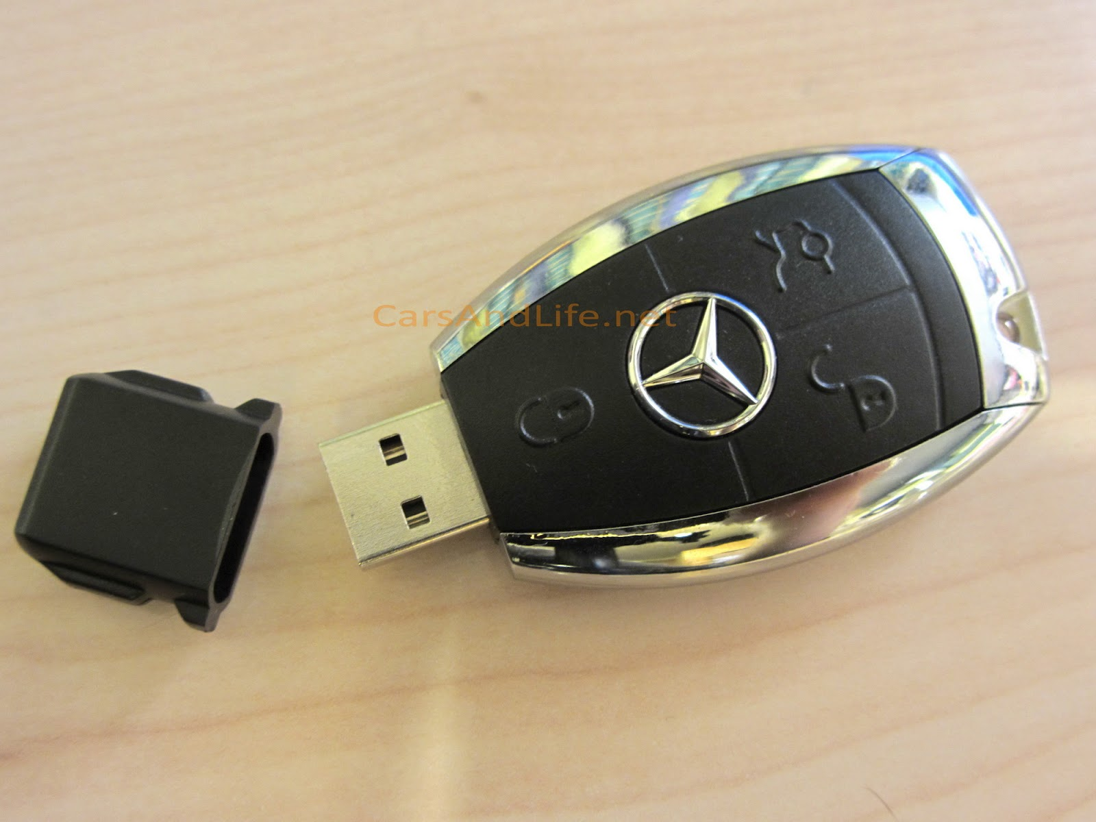 mercedes benz usb key