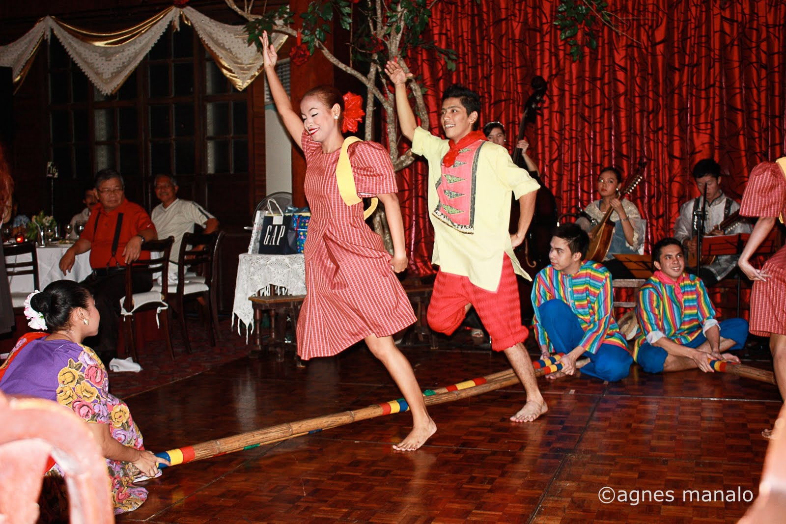 the ballet philippines Ballet philippines members denise parungao and garry corpus of the musical- ballet awitin mo at isasayaw ko performed an excerpt of the show on.