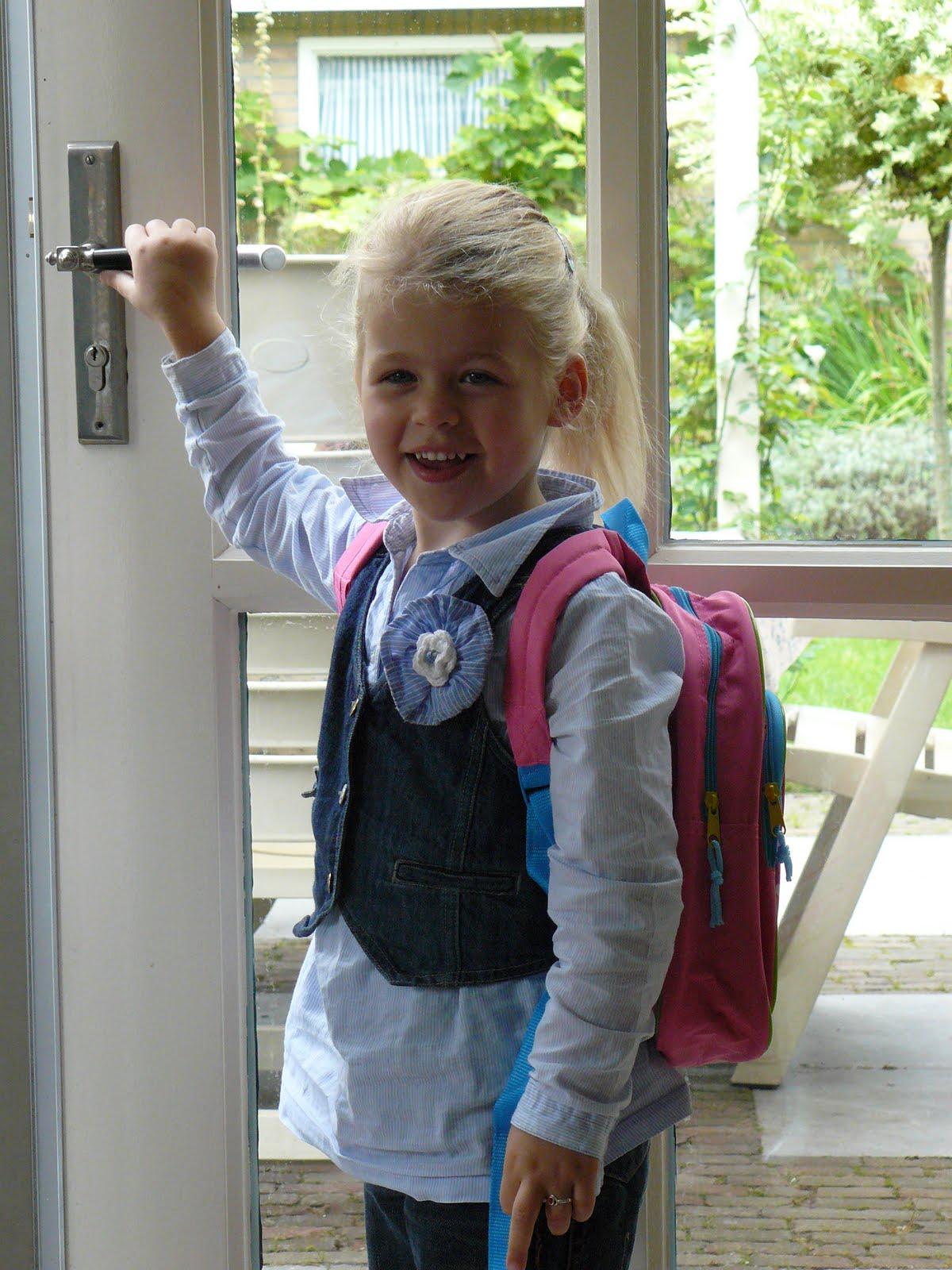 Tierelantijn augustus 2011 - Kleine teen indelingen meisje ...