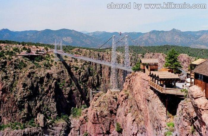 http://1.bp.blogspot.com/-Yj0t8ZVFcgg/TXW37PKdhII/AAAAAAAAQUM/l90edjkPA00/s1600/bridges_37.jpg